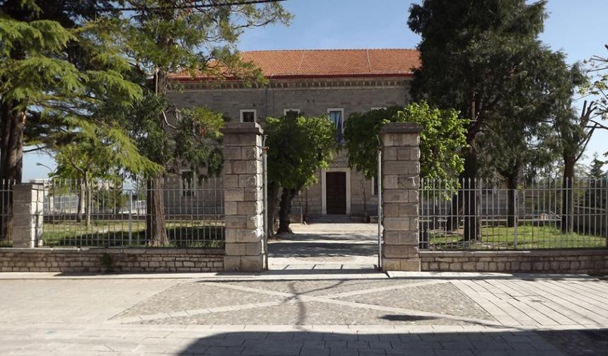 Lo storico Istituto Magistrale Francesco De Sanctis di Lacedonia