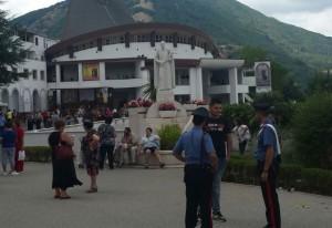 Carabinieri di pattuglia a Materdomini