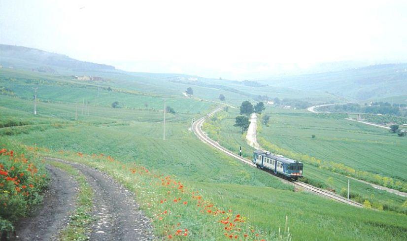 La Avellino-Rocchetta nei pressi di Rocchetta S.A.