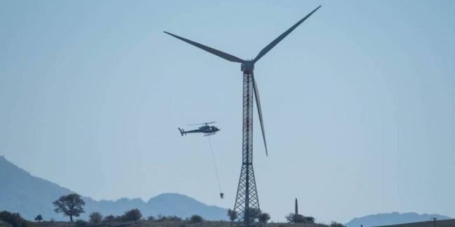 Elettrodotto elicottero