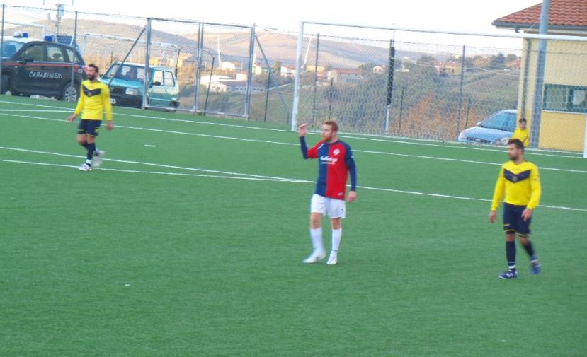 Il centrocampista Enrico Quatrale: non positiva la sua prova