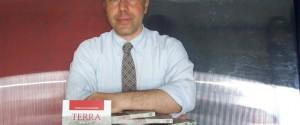 """Pasquale Gallicchio e il suo romanzo """"Terra"""""""