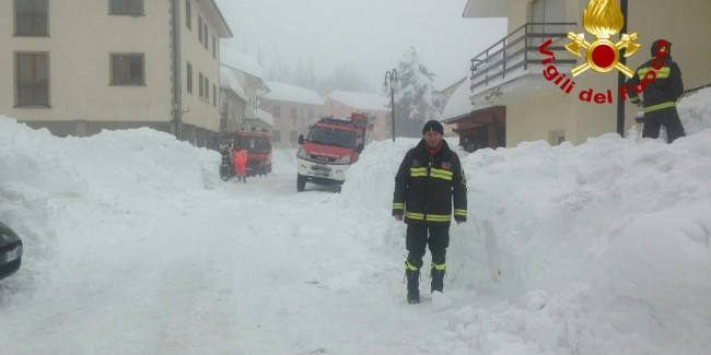 Vigili del fuoco Av Rocca Santa Maria TE 6