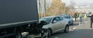 Incidente auto-camion