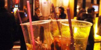 Consumo bevande alcoliche e orario di chiusura dei locali Campania De Luca